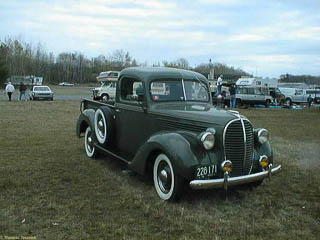 1939 Ford commercial (1/2 ton pickup truck) seen from the front)