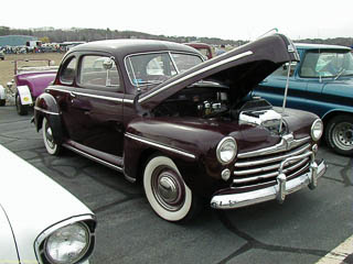 1946 Ford coupe with flathead engine